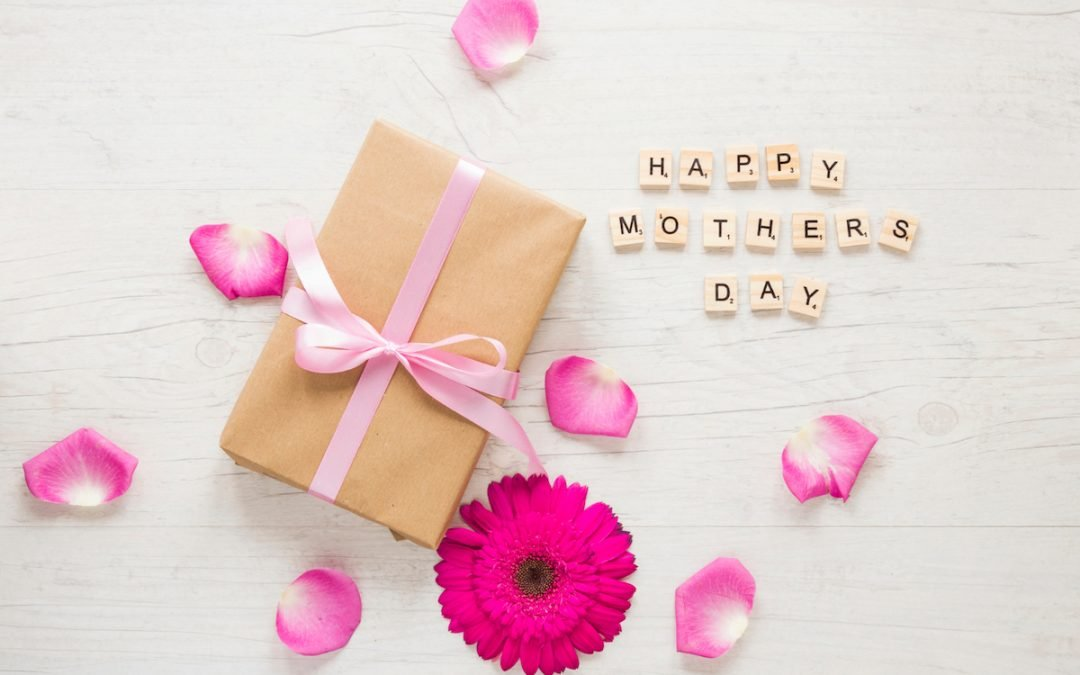 3 Dental Gift Ideas For Mum on Mother's Day